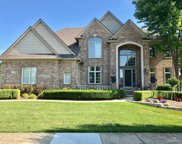 6585 Roseberry Dr, Shelby Twp image