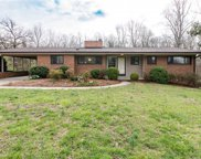 126 Lakeview Circle, Thomasville image