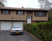 27 Myrtle Ave, Central Islip image