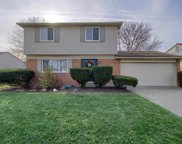 8218 Willesdon Square, Sterling Heights image