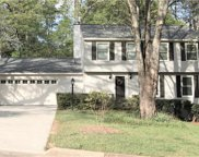 9810 Pond Circle N, Roswell image