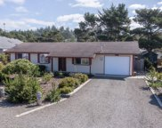 1905 Oceanview Dr Nw, Waldport image