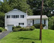 11 Covent  Place, Hartsdale image