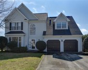 807 Crescent Trace, South Chesapeake image