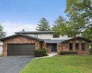 1621 Barry Lane, Glenview image