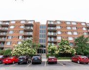 2201 South Stewart Avenue Unit 2L, Lombard image
