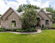 12411 Brooks  Crossing, Fishers image