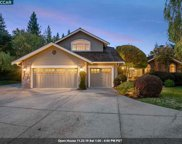 6 Hastings Ct, Moraga image