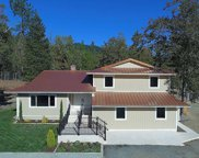 5252 Tunnel Loop  Road, Grants Pass image