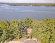 8017 Kiwi  Point, Tega Cay image