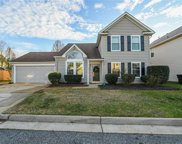 307 Oak Hill Way, South Chesapeake image