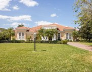 6935 Westchester Circle, Lakewood Ranch image