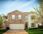 6911 Woodland Heights  Drive, Avon image