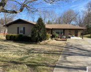 301 Richmond Dr, Clinton image