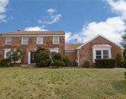 2 & 4 Dunlop Ct, Commack image