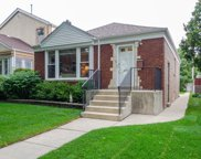 6221 North Kedvale Avenue, Chicago image