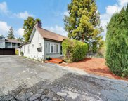 718 Roosevelt Ave, Redwood City image