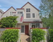 1307 Chelsea Way, Redwood City image