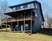 7332 Lillydale, Byrdstown image