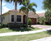 7275 NW 112 Ter Terrace, Parkland image