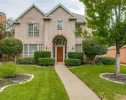 2715 Indian Oak Drive, Grapevine image