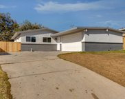 2518 Lynwood, Bakersfield image
