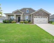 114 Glenfield  Drive, Mooresville image