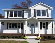1327 E Darby Rd, Wantagh image