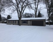 8150 Rondale Dr, Shelby Twp image