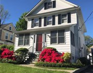 26 Lakeview  Avenue, Hartsdale image