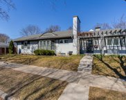 1063 Lakeside Drive Se, East Grand Rapids image