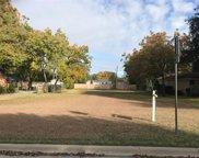 825 E Worth Street, Grapevine image
