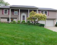 422 Forestway Drive, Buffalo Grove image