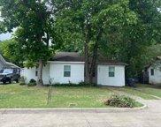 2856 S Hills Avenue, Fort Worth image