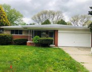 30136 Warner Ave, Warren image