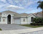 676 SW Lake Charles Circle, Port Saint Lucie image