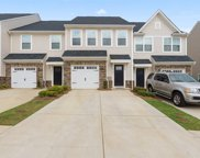 402 Huntingdale Place, Simpsonville image