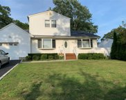 281 Breeze Ave, Ronkonkoma image
