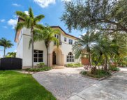 8465 Nw 166th Ter, Miami Lakes image