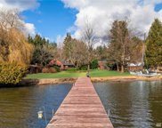 17345 17347 Beach Dr NE, Lake Forest Park image