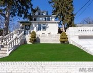198-29 Foothill Ave, Holliswood image