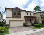 9870 Nw 87th Ter, Doral image