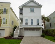 20 Yacht Harbor Court, Isle Of Palms image