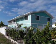 2772 Gulfview Dr, Naples image