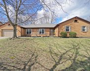 7427 Chinook  Drive, West Chester image