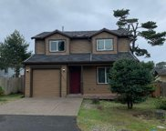 6547 Harbor Ave Sw, Lincoln City image