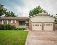 932 Stiver Drive, Midwest City image