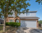 8427 Berry Knoll Dr, Universal City image