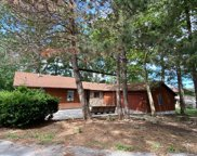 1010 Lakeview Drive, Marblehead image
