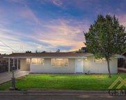 800 Greenwood, Bakersfield image